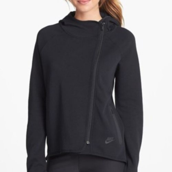 60750314f Nike Tech Fleece Cape Hoodie Jacket BLACK SZ SMALL.  M_5b6cddaf03087cb45cb010c3